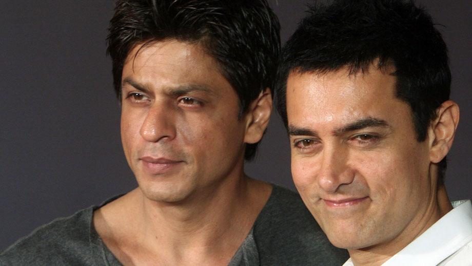 Aamir makes way for SRK's show