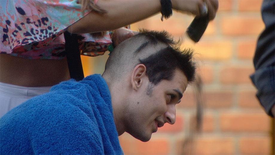 Priyank goes bald in Bigg Boss 11