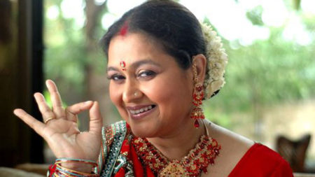 Doing Khichdi is like homecoming for me: Supriya Pathak