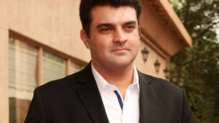 Roy Kapur Films brings co-creator of Narcos to India