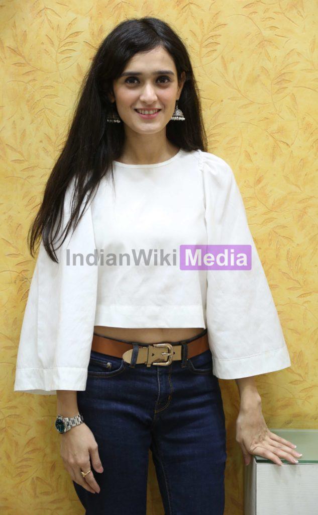 Pankhuri Awasthy smiles post FB Live with IndianWikiMedia 4