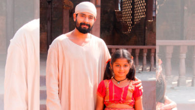 Abeer and Dhruti bond on the sets of Mere Sai 1