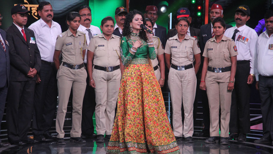 Palak Muchhal reveals her inspiring memory associated with the song Ae Mere Watan Ke Logo