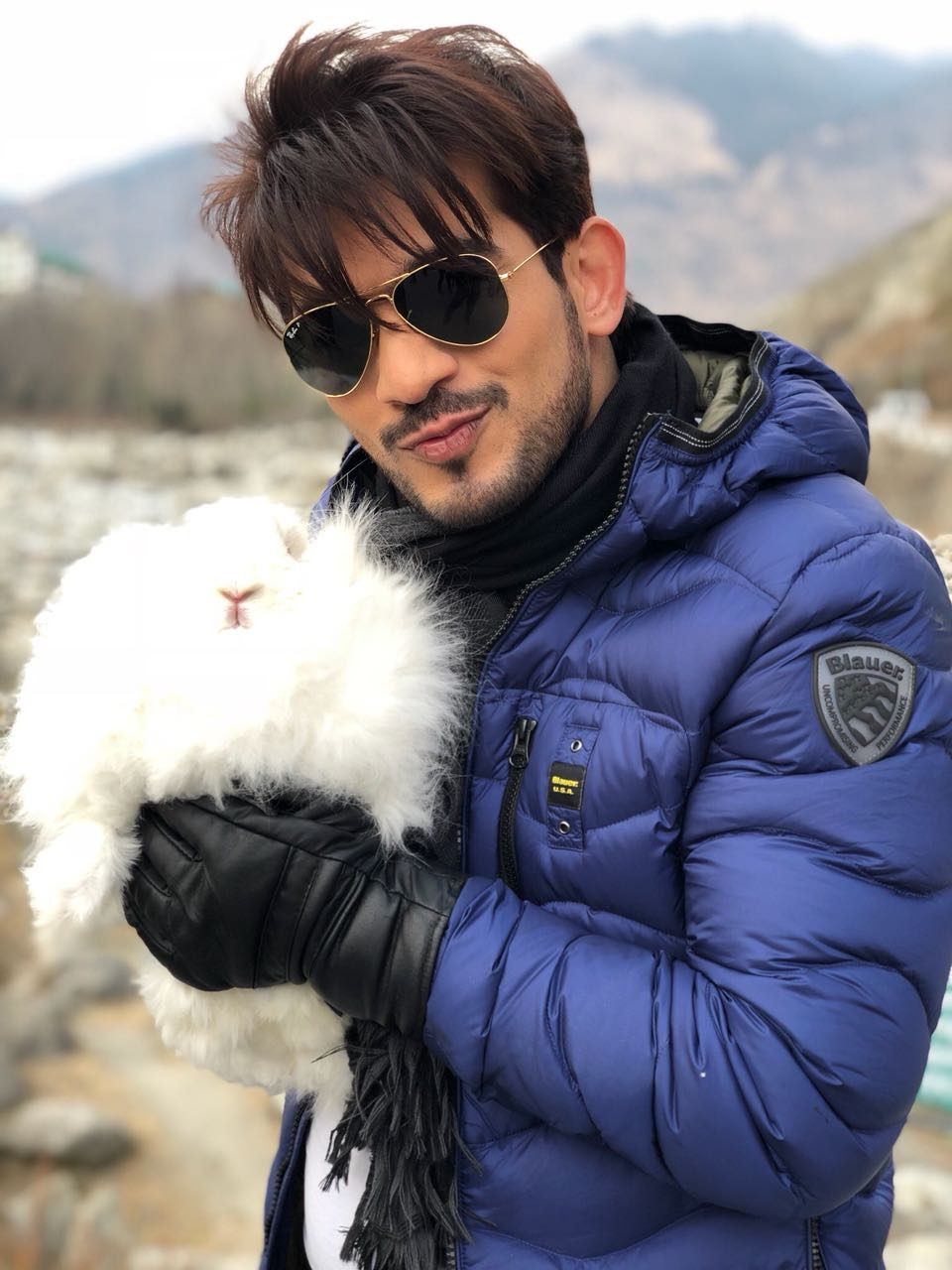 Arjun Bijlani finds a 'new' friend in Manali