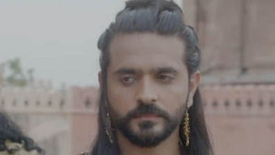 Prithvi to defeat Tailap and emerge as the new king of Malwa in Prithvi Vallabh