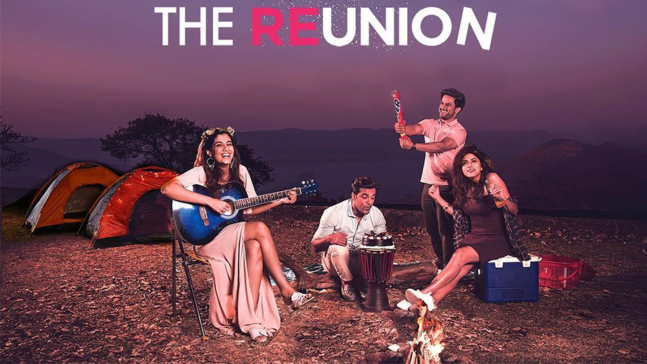 Zoom Originals' The Reunion Review: Purely for 'Friends'...