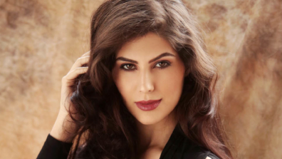 Iranian beauty Elnaaz Norouzi to make her Netflix debut with Sacred Games
