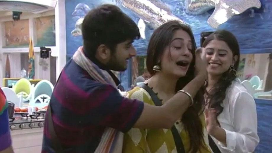 Deepak's song makes Dipika emotional in Bigg Boss 12