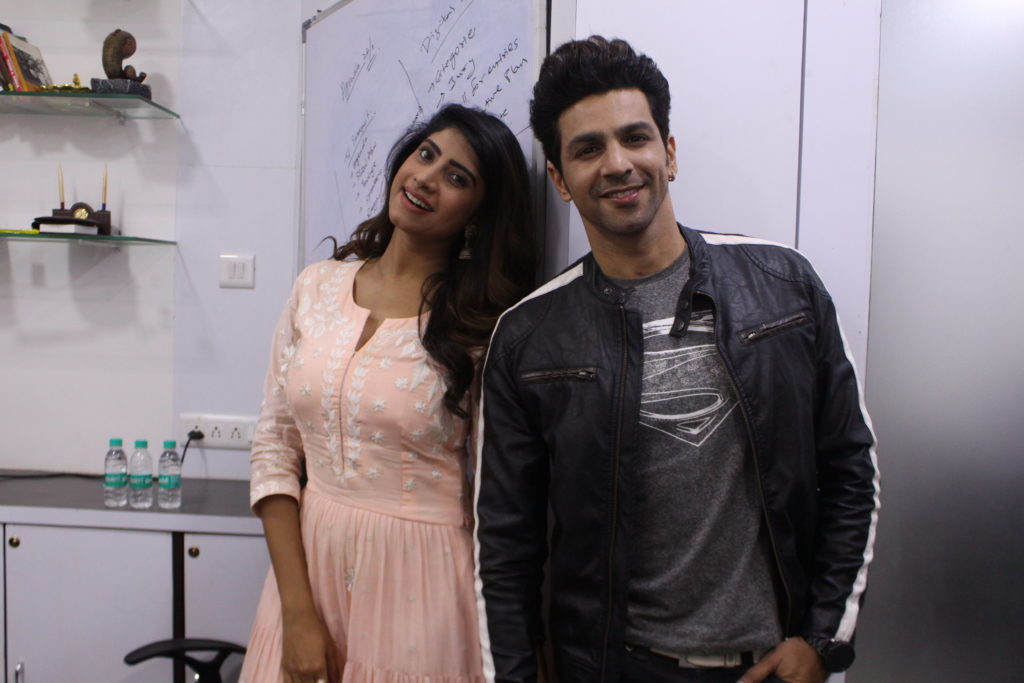 Neel Motwani and Vindhya Tiwari enjoys Live session with IWMBuzz 2