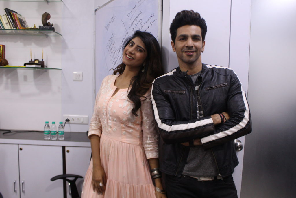 Neel Motwani and Vindhya Tiwari enjoys Live session with IWMBuzz 4