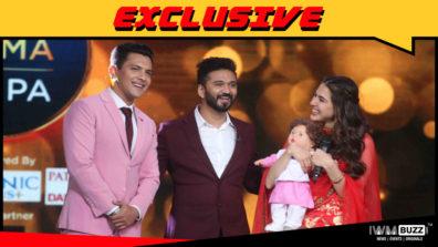 Aditya Narayan gifts Taimur doll to Sara Ali Khan