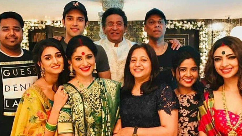 Erica Fernandes' family visits the sets of Kasautii Zindagii Kay