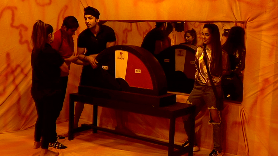 Rohit's foul play makes his friends turn against him in Bigg Boss 12
