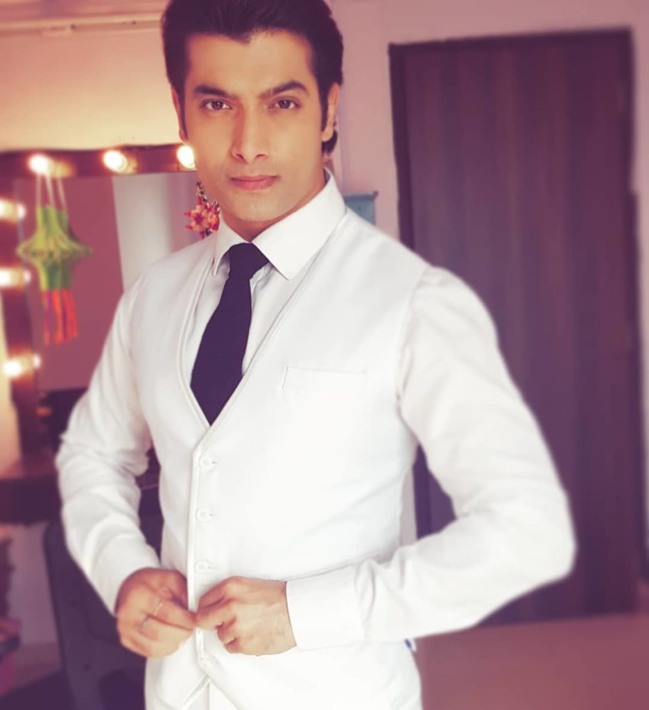 I don't want to prove myself as an actor now; I want to maintain the smile on people's faces by raising my bar: Ssharad Malhotra
