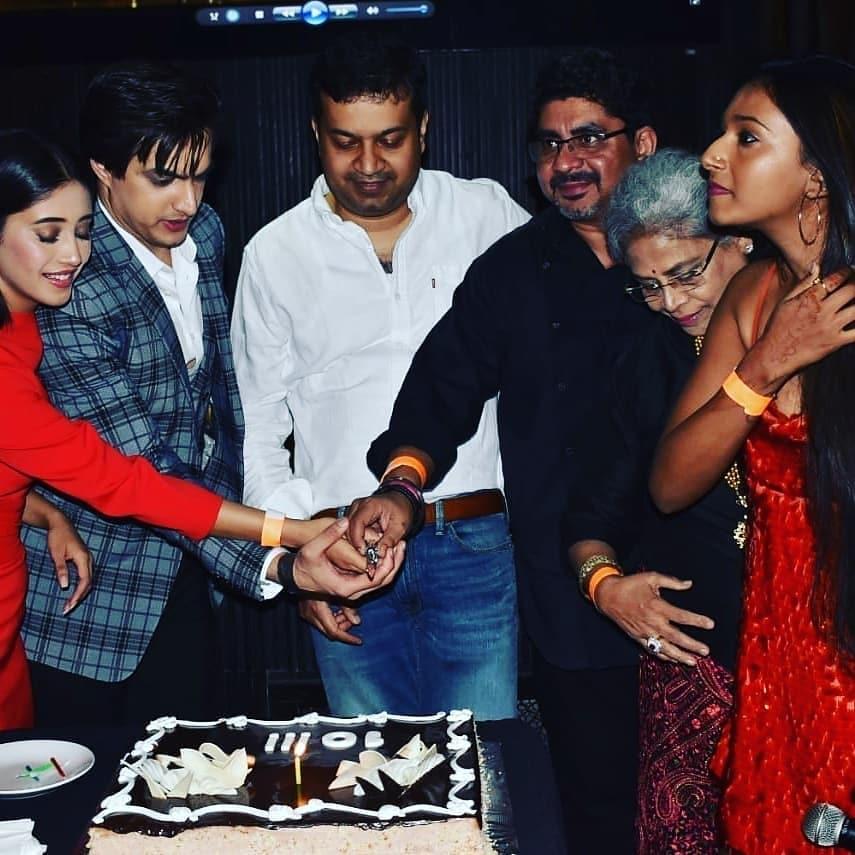 10 years of Yeh Rishta Kya Kehlata Hai: Kartik and Naira party hard 2