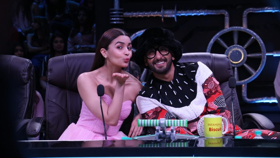 Ranveer Singh and Alia Bhatt on Super Dancer Chapter 3 4