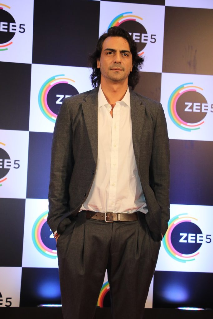 Celebs galore at ZEE5's first anniversary 4