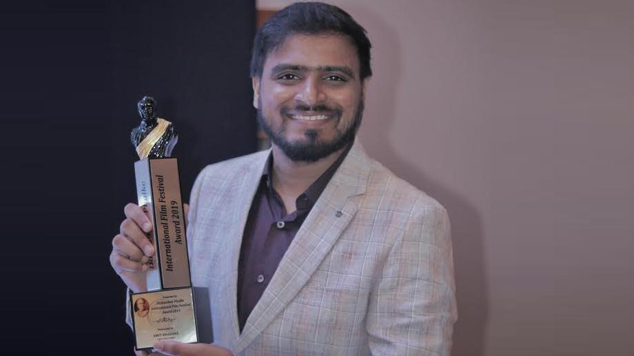 Amit Bhadana gets Dadasaheb Award for Best Youtuber
