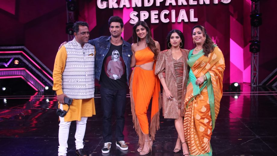 Sushant Singh Rajput and Bhumi Pednekar on Super Dancer Chapter 3 2