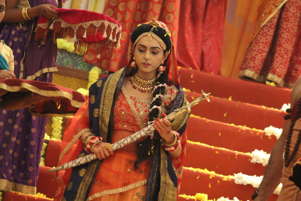 Candid moments from the sets of RadhaKrishn 13