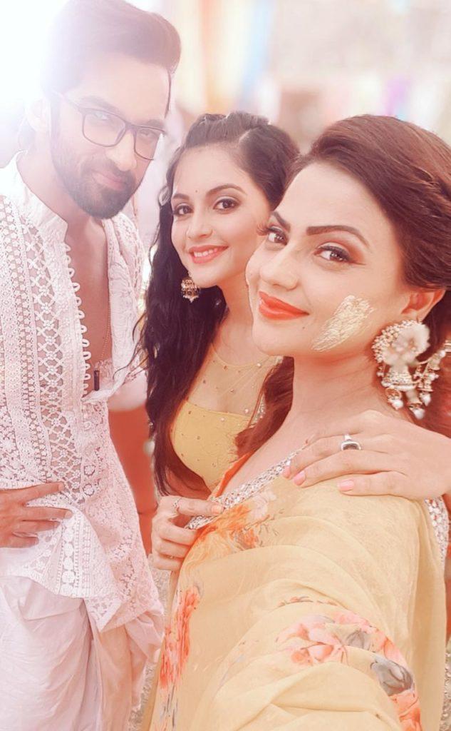 Krishna Chali London: Haldi drama between Shivani, Veer and Krishna 2