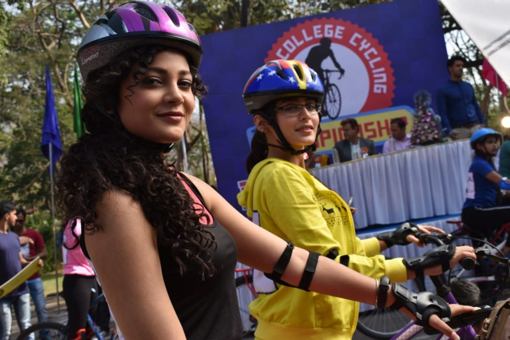 Mishti and Kuhu to be disqualified in the cycle race in Yeh Rishta Kya Kehlata Hai