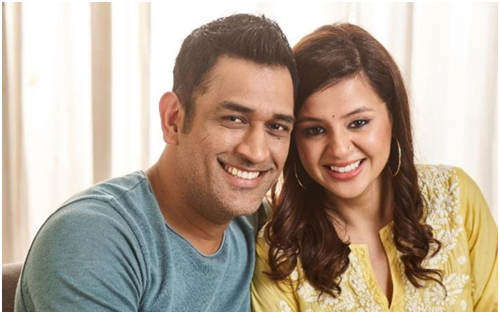 When Captain Cool MS Dhoni Was Bowled Over By Wife Sakshi Rawat 1