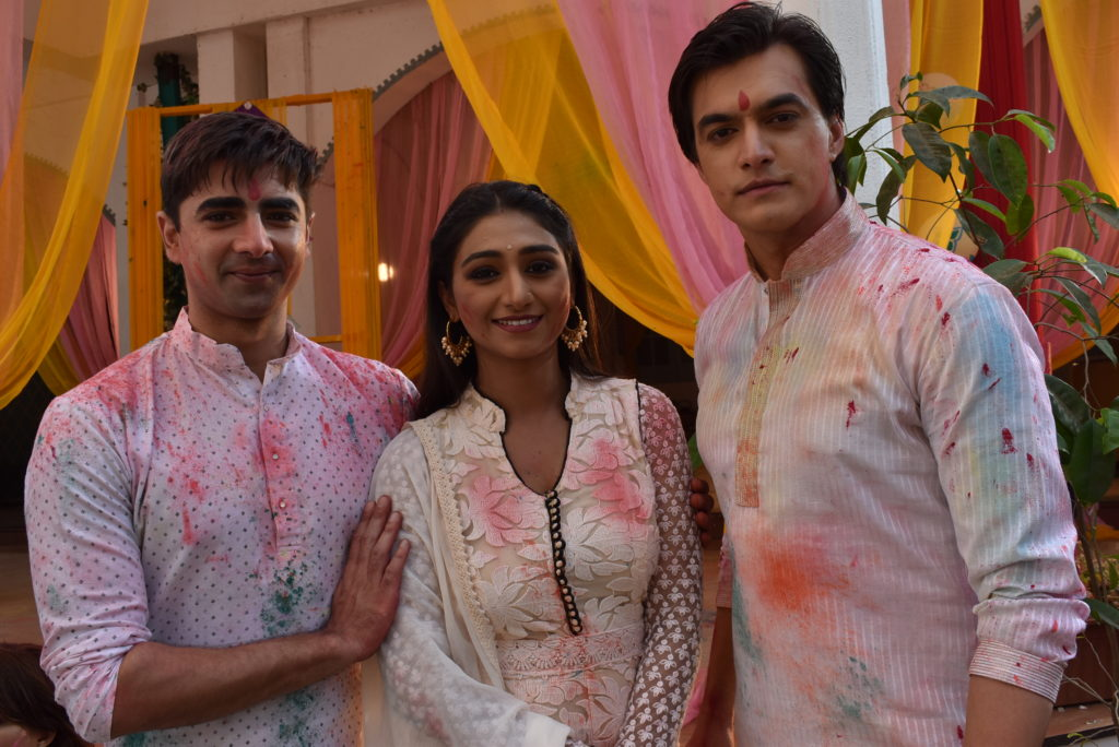 Yeh Rishta Kya Kehlata Hai: Kartik and Naira's romantic 'Holi' celebration 4