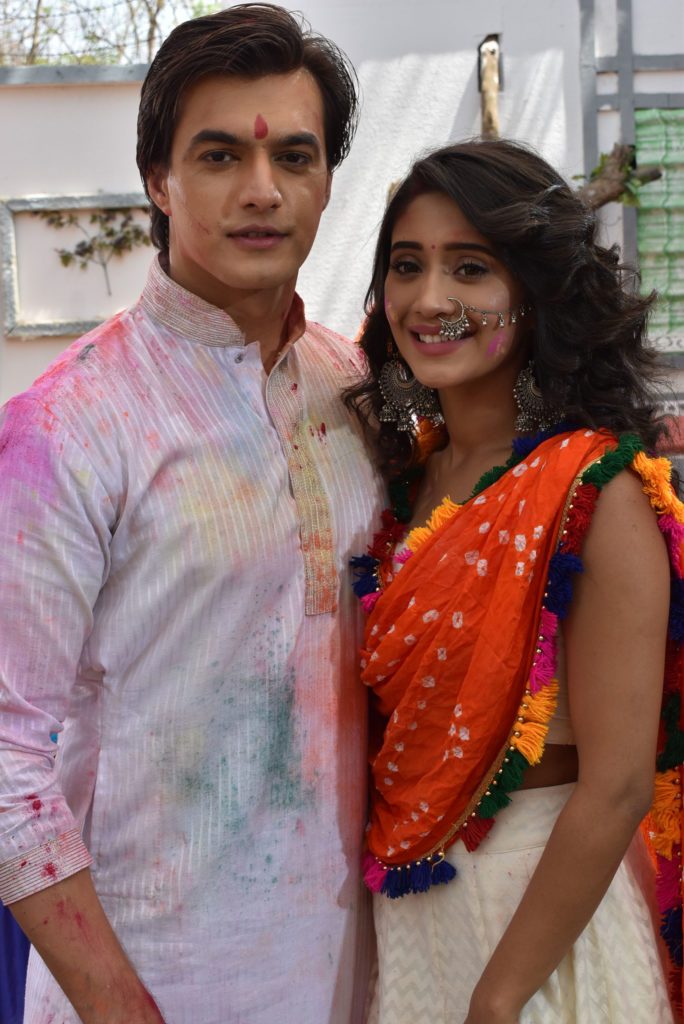Yeh Rishta Kya Kehlata Hai: Kartik and Naira's romantic 'Holi' celebration 6