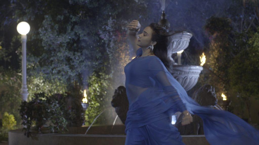 Yeh Un Dinon Ki Baat Hai Sameer and Naina's sizzling hot romance on 'Katein Nahi Kat te Din Yeh Raat' 4