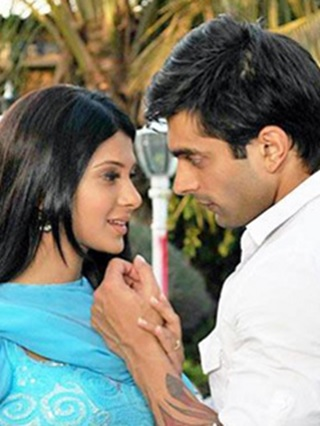 Blast from Past: When Dr. Armaan met Dr. Riddhima in Dill Mill Gaye 1