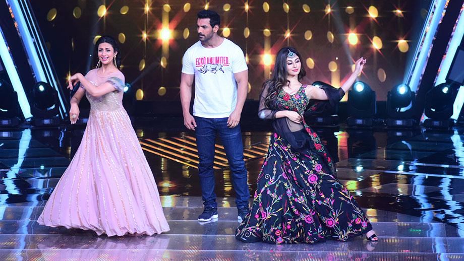 Divyanka Tripathi and Mouni Roy's dance face-off on Deewani Mastani