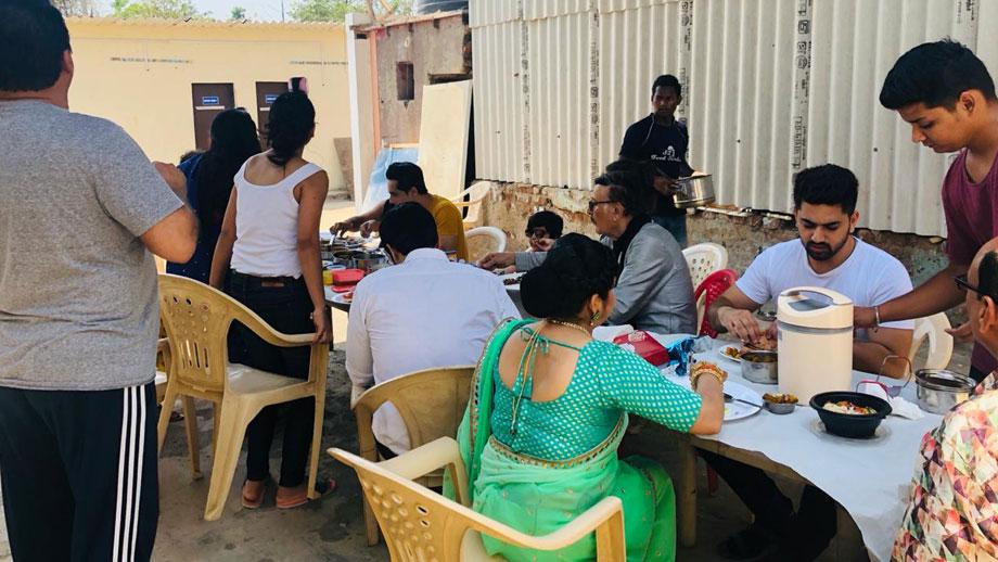 Ek Bhram Sarvagun Sampanna: The cast that shoots and eats together 2