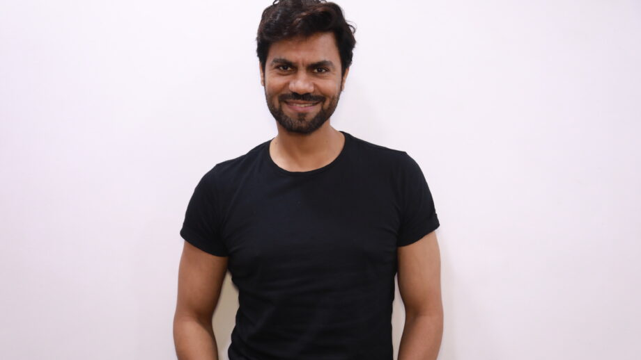 Gaurav Chopraa enjoys Live session with IWMBuzz 1