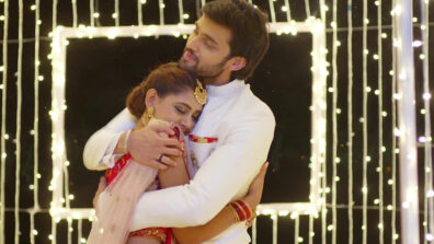 Kaisi Yeh Yaariaan: Manik and Nandini's love moments 10