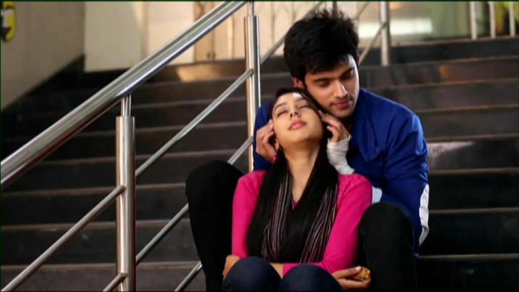 Kaisi Yeh Yaariaan: Manik and Nandini's love moments 3