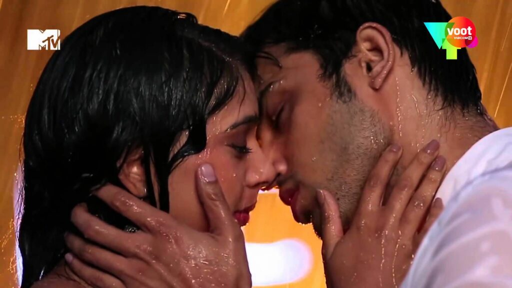 Kaisi Yeh Yaariaan: Manik and Nandini's love moments 4