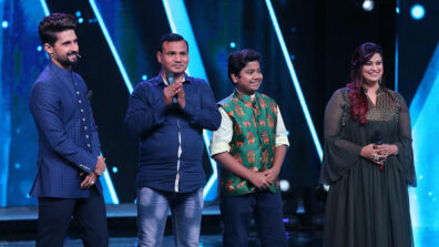 Richa Sharma's surprises her foster brother contestant Ritik Gupta