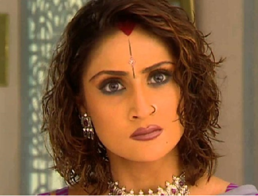 "The most iconic vamp of television ""Komolika"" From Kasautii Zindagii Kay 3"