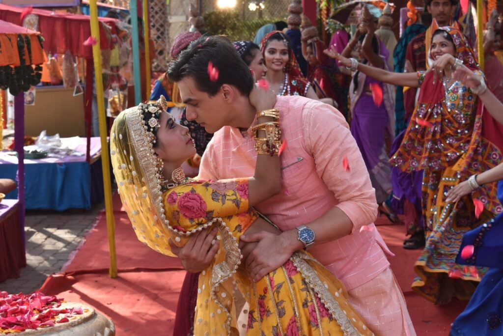 Yeh Rishta Kya Kehlata Hai: Kartik and Naira's romance during Gangaur celebration 11