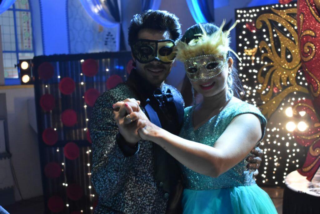 Yeh Rishta Kya Kehlata Hai: Kartik and Naira's romantic dance in Masquerade party 6