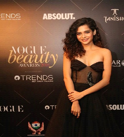 All the times Mithila Palkar proved to be a style inspiration for the millennials 4