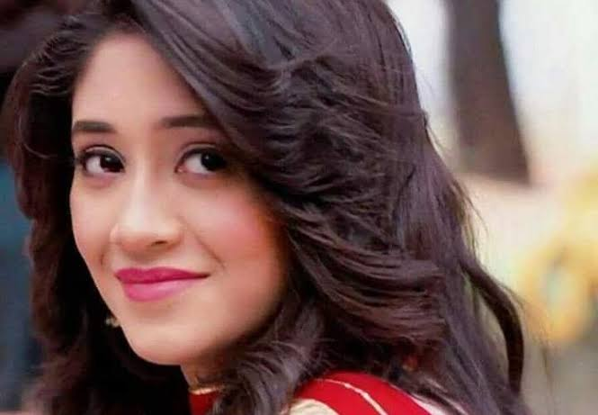 All you need to know about small screen superstar, Shivangi Joshi 3
