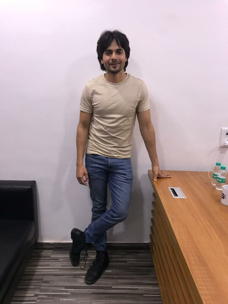 Ansh Bagri poses after a fun LIVE chat with IWMBuzz 1