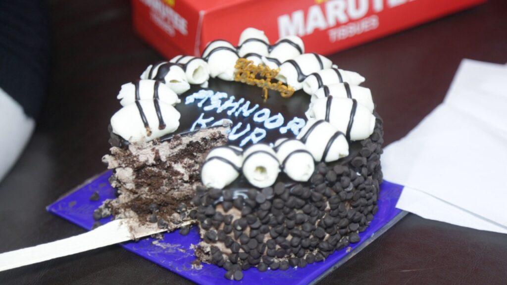 Ashnoor Kaur celebrates birthday with IWMBuzz.com 8