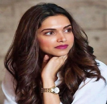 Deepika Padukone: The Reigning Bollywood Queen 1