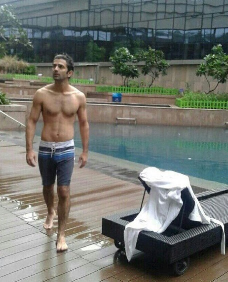 Get to Know the Secret behind Barun Sobti's Fitness 4