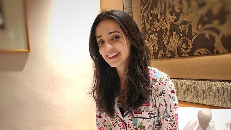 Iss Pyaar Ko Kya Naam Doon actor Sanaya Irani and her cute expressions 2