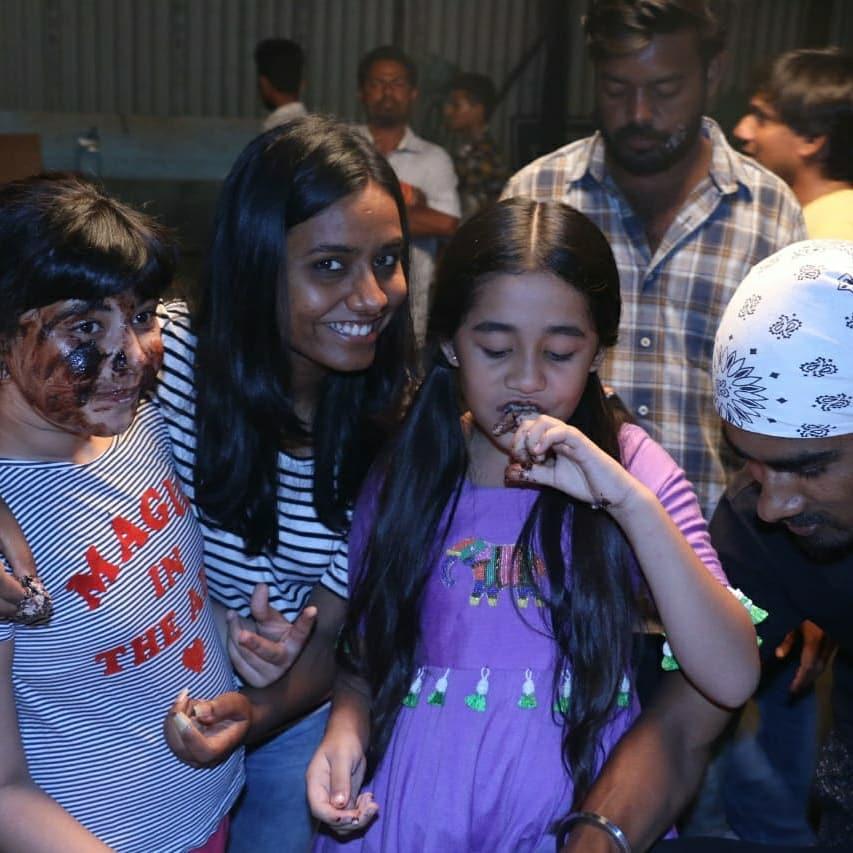 Kulfi Kumar Bajewala team celebrates 300 episodes completion 4