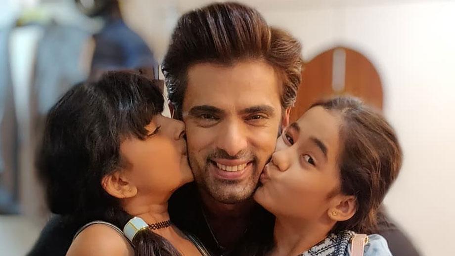 Kullfi Kumarr Bajewala: Sikander, Amyra and Kulfi's cute snaps